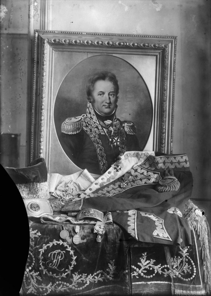 Unknown author, The Portrait and the Uniform of Jan Henryk Dąbrowski, glass negative, National Museum in Warsaw