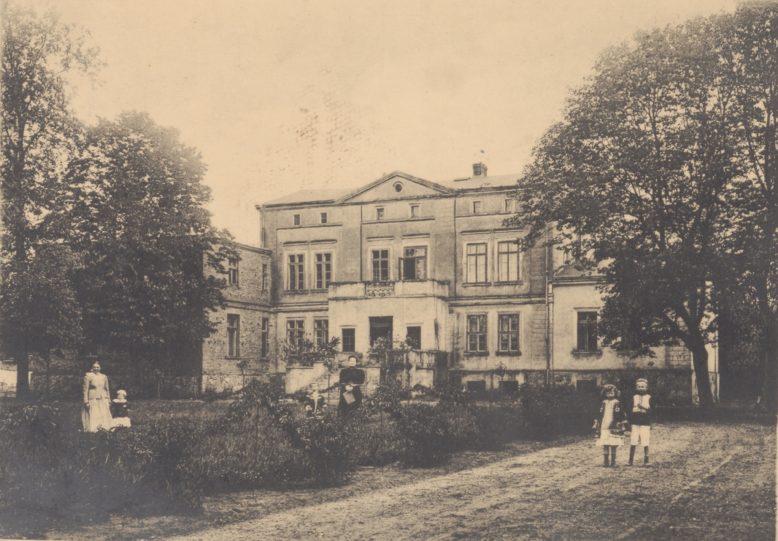 Bolechowo, w: Leonard Durczykiewicz, Dwory polskie w Wielkiem Księstwie Poznańskiem, Poznań 1912
