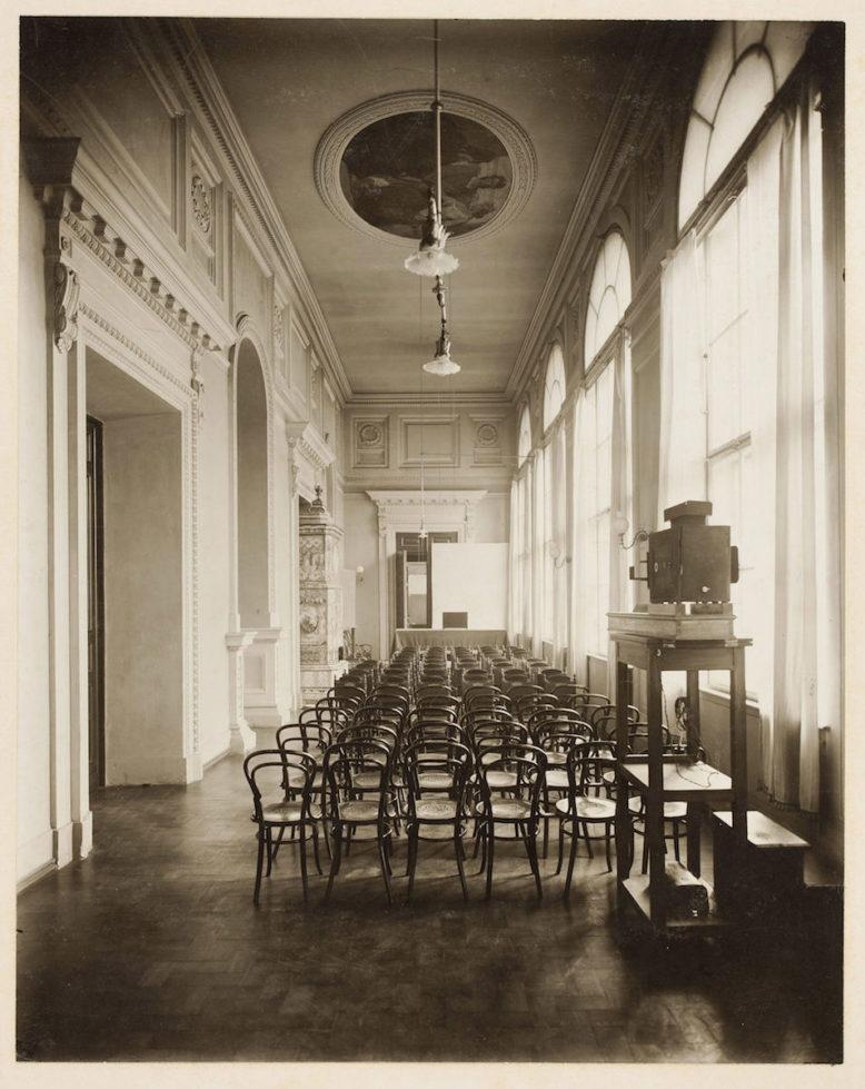 Sala Odczytowa Muzeum Przemysłu i Rolnictwa w Warszawie, 1905, fotografia, Muzeum Narodowe w Warszawie