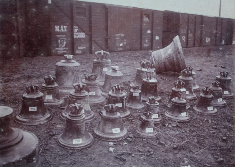 A bell field in Galicia, 1917? Courtesy of CPAHUL